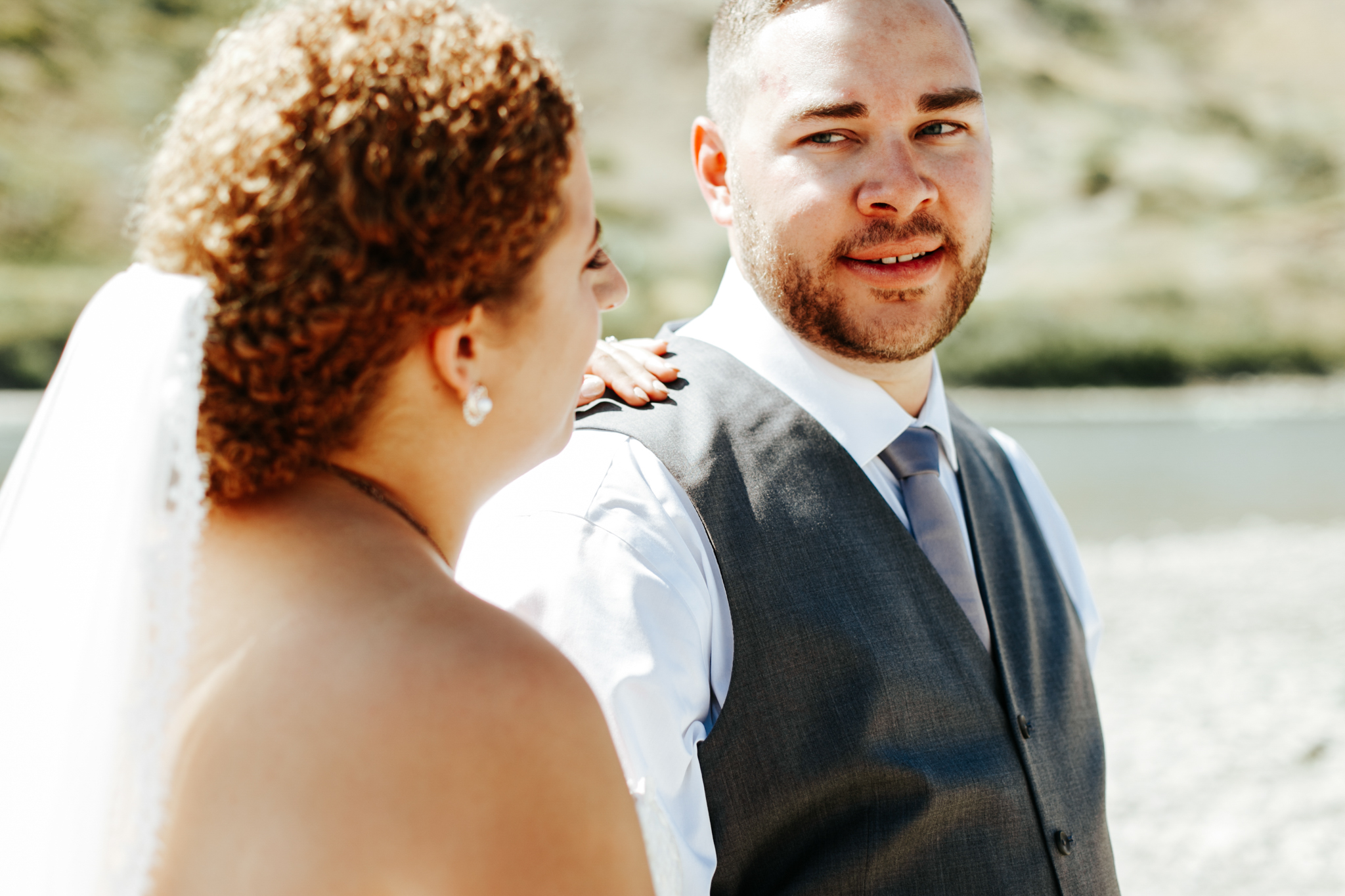 lethbridge-wedding-photographer-love-and-be-loved-photography-trent-danielle-galt-reception-picture-image-photo-125.jpg