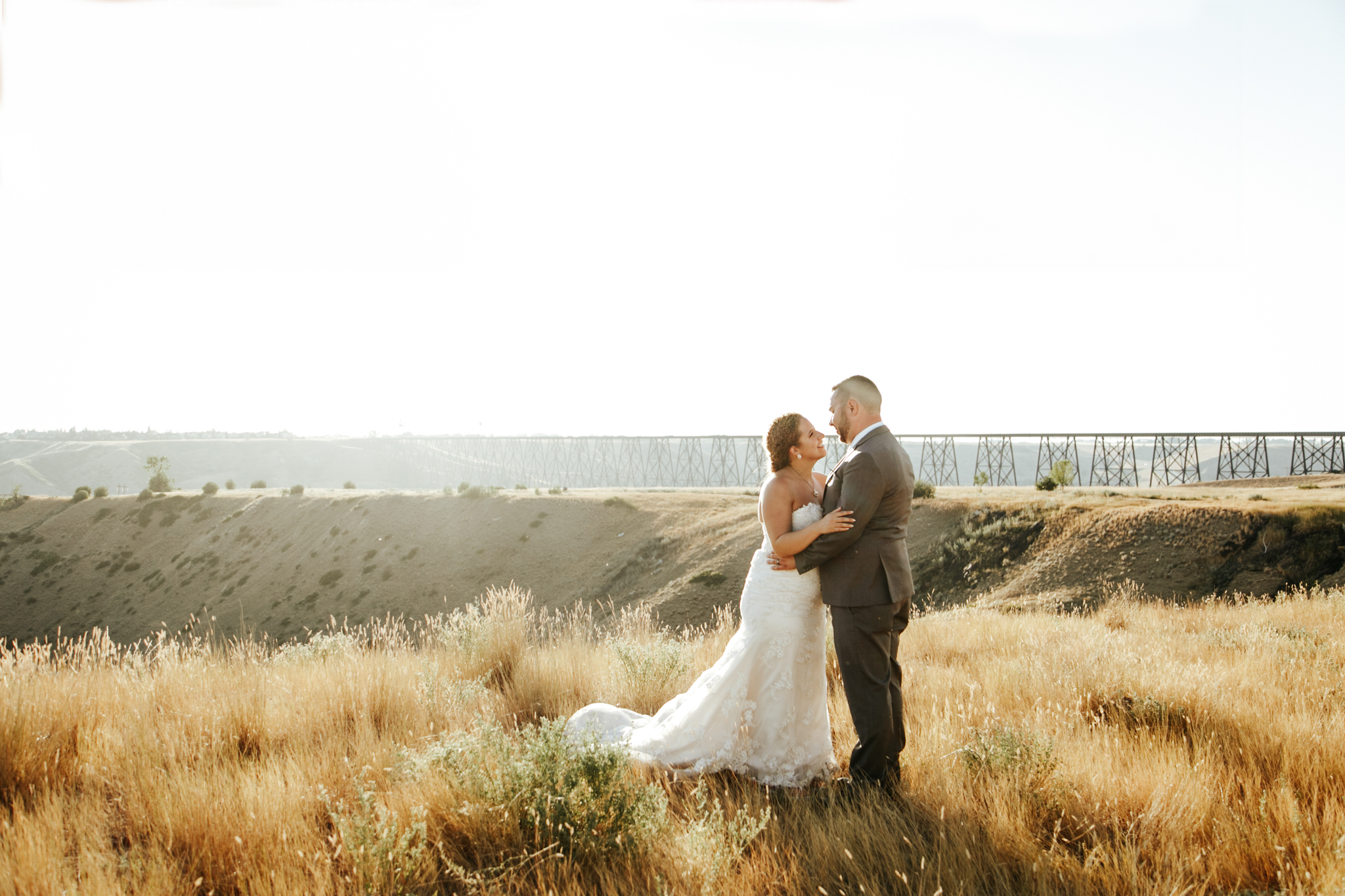 lethbridge-wedding-photographer-love-and-be-loved-photography-trent-danielle-galt-reception-picture-image-photo-199.jpg