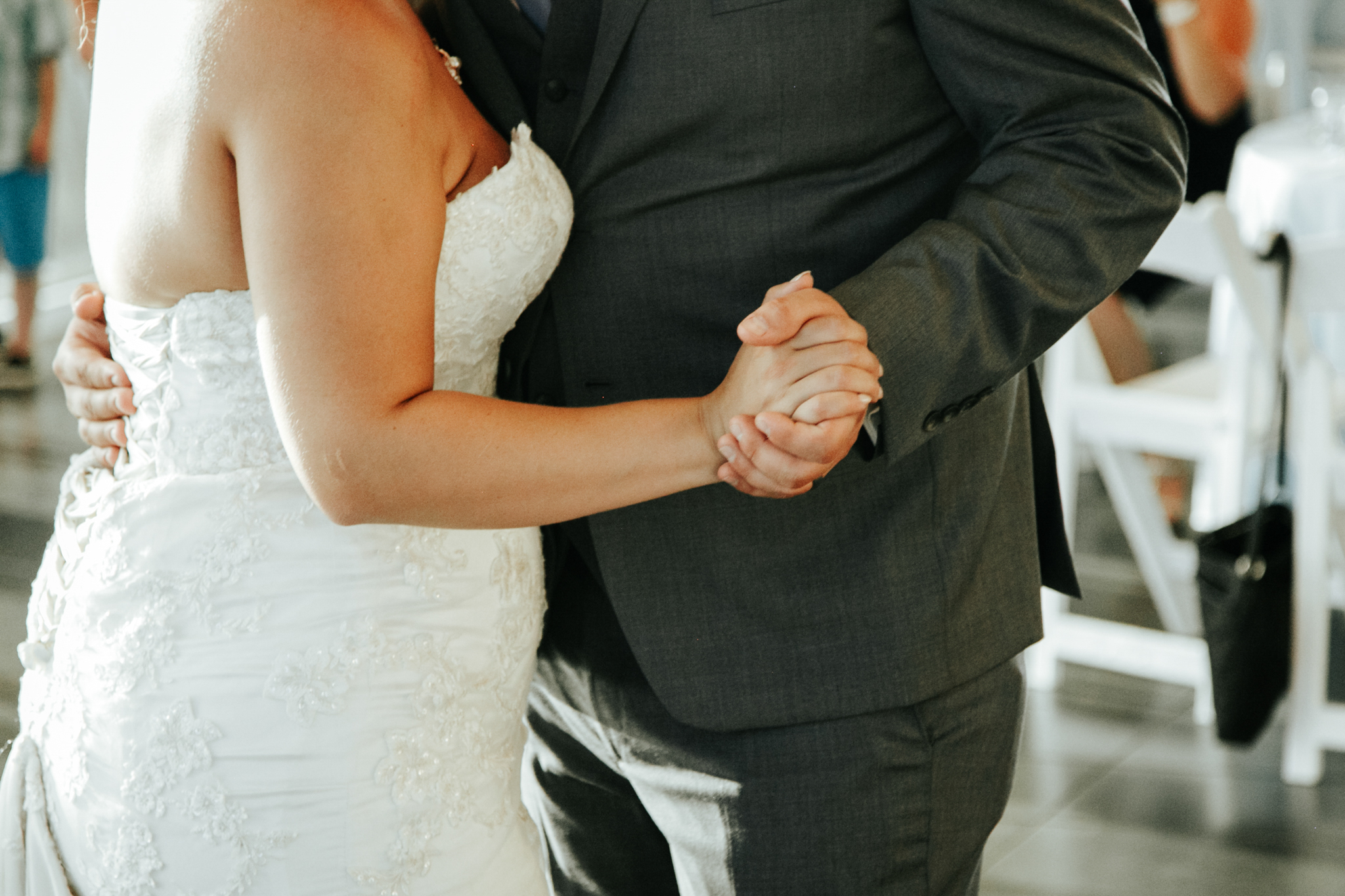 lethbridge-wedding-photographer-love-and-be-loved-photography-trent-danielle-galt-reception-picture-image-photo-205.jpg