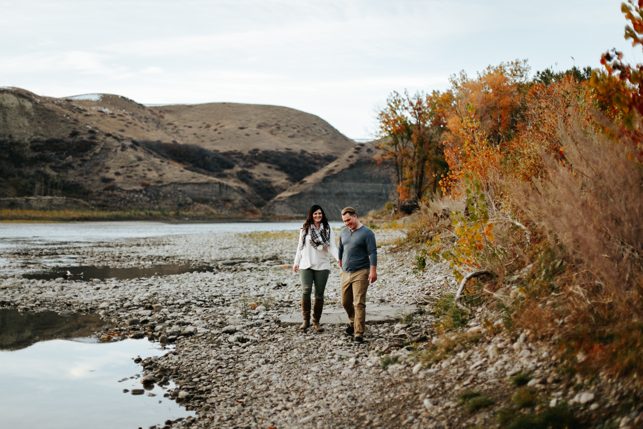 lethbridge-photographer-love-and-be-loved-photography-christy-bryan-fall-autumn-engagement-photo-image-picture-44.jpg