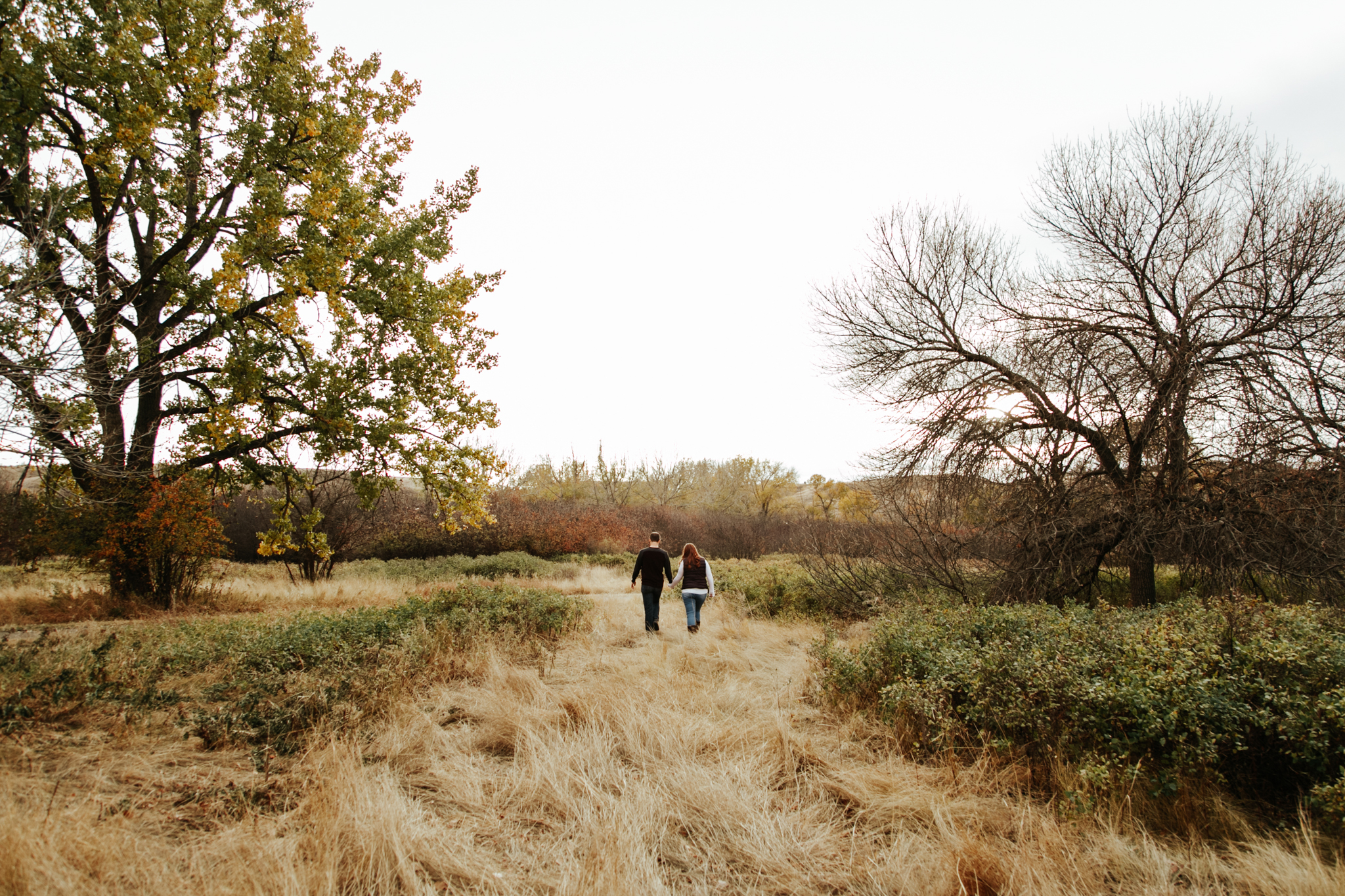 lethbridge-photographer-love-and-be-loved-photography-indian-battle-park-engagement-mike-carmel-photo-image-picture-7.jpg