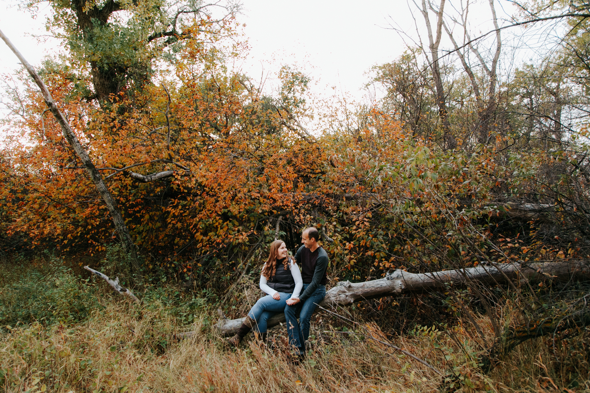 lethbridge-photographer-love-and-be-loved-photography-indian-battle-park-engagement-mike-carmel-photo-image-picture-31.jpg