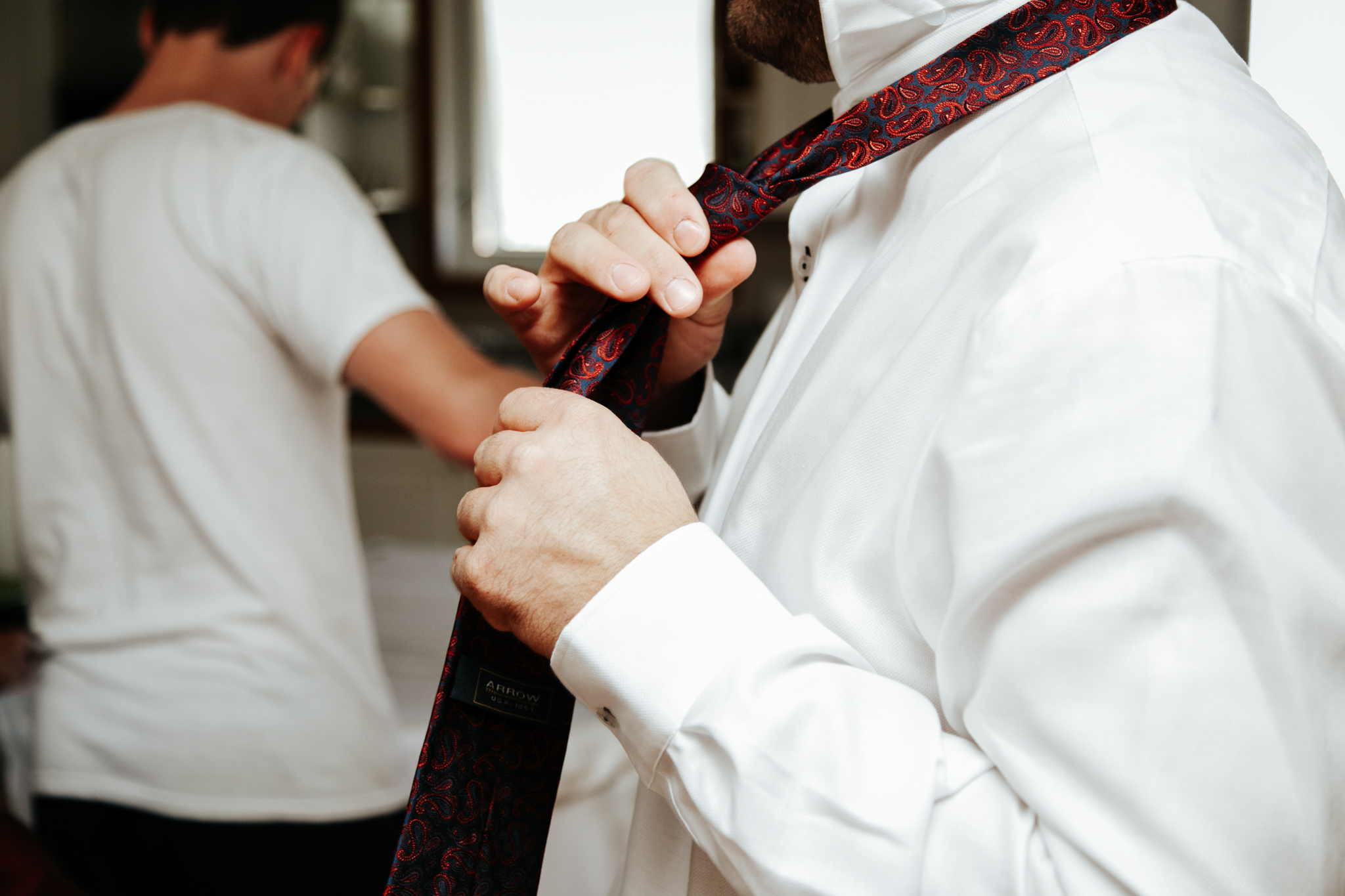 lethbridge-wedding-photographer-love-and-be-loved-photography-groom-prep-photo-image-picture-4.jpg