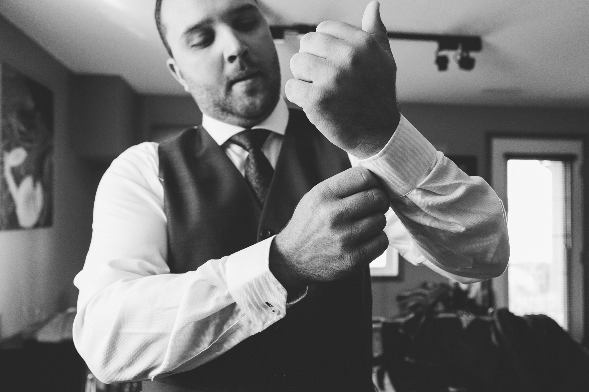 lethbridge-wedding-photographer-love-and-be-loved-photography-groom-prep-photo-image-picture-11.jpg