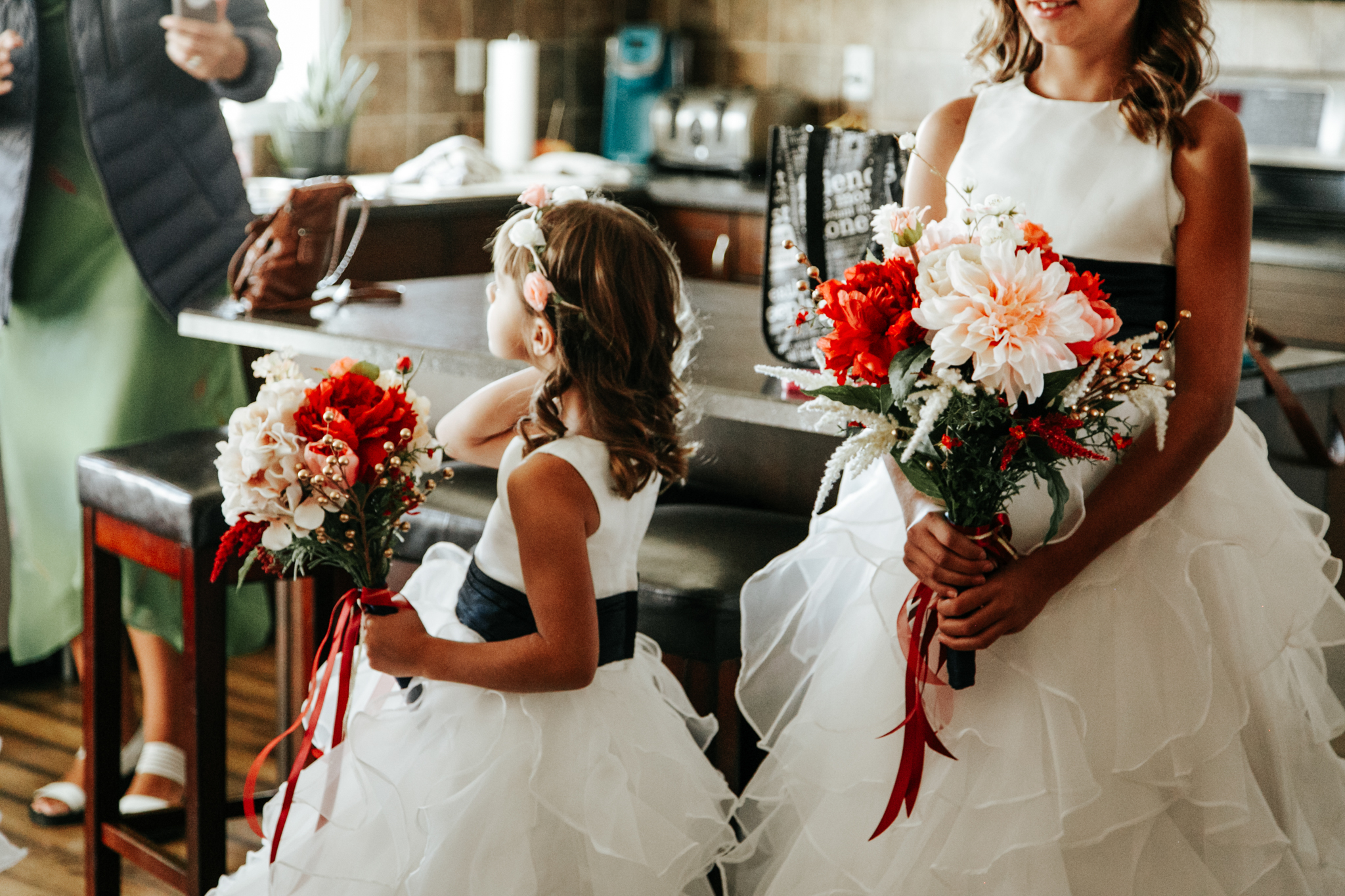 lethbridge-wedding-photographer-love-and-be-loved-photography-bride-prep-photo-image-picture-12.jpg