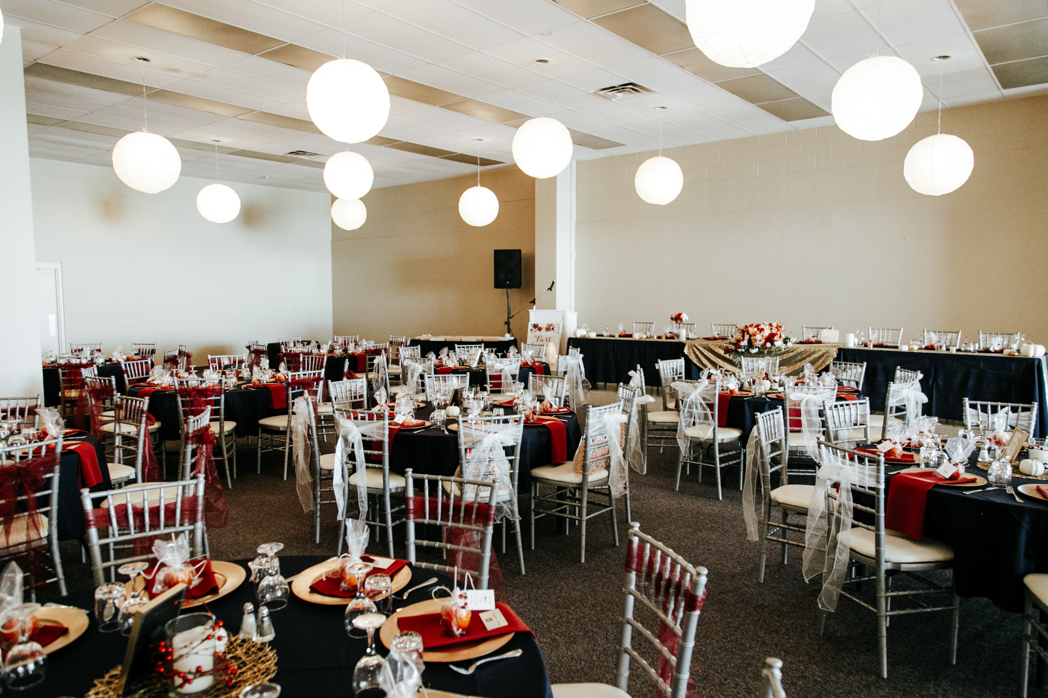 lethbridge-photographer-love-and-be-loved-photography-rocky-mountain-turf-club-reception-katie-kelli-wedding-picture-image-photo-400.jpg