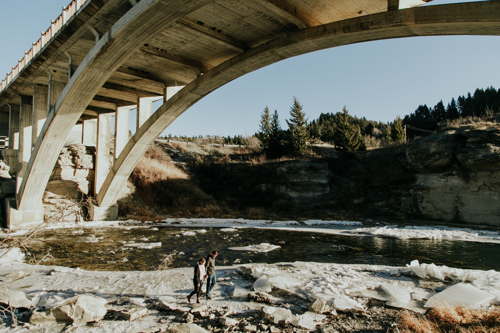lethbridge-photographer-love-and-be-loved-photography-lundbreck-falls-engagement-clarissa-clayton-picture-image-photo--33.jpg