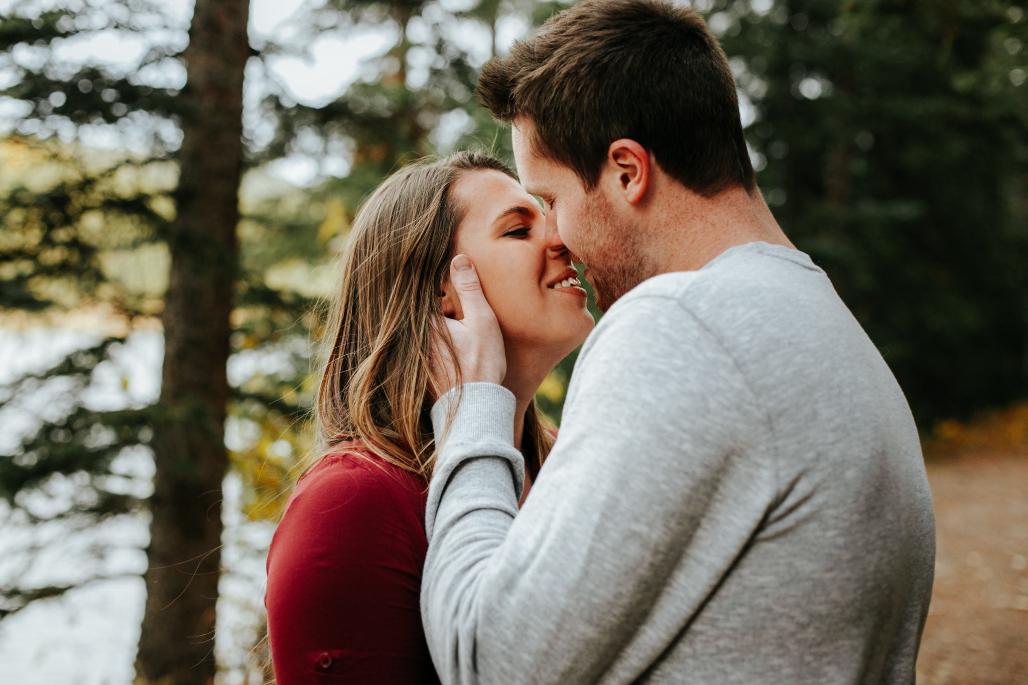 lethbridge-photographer-love-and-be-loved-photography-crowsnest-pass-engagement-andi-philip-picture-image-photo--32.jpg