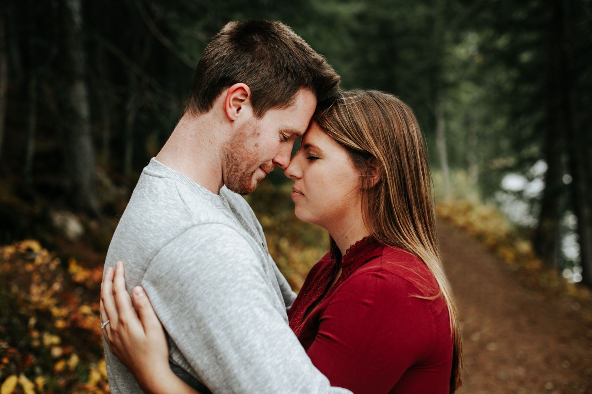 lethbridge-photographer-love-and-be-loved-photography-crowsnest-pass-engagement-andi-philip-picture-image-photo--46.jpg