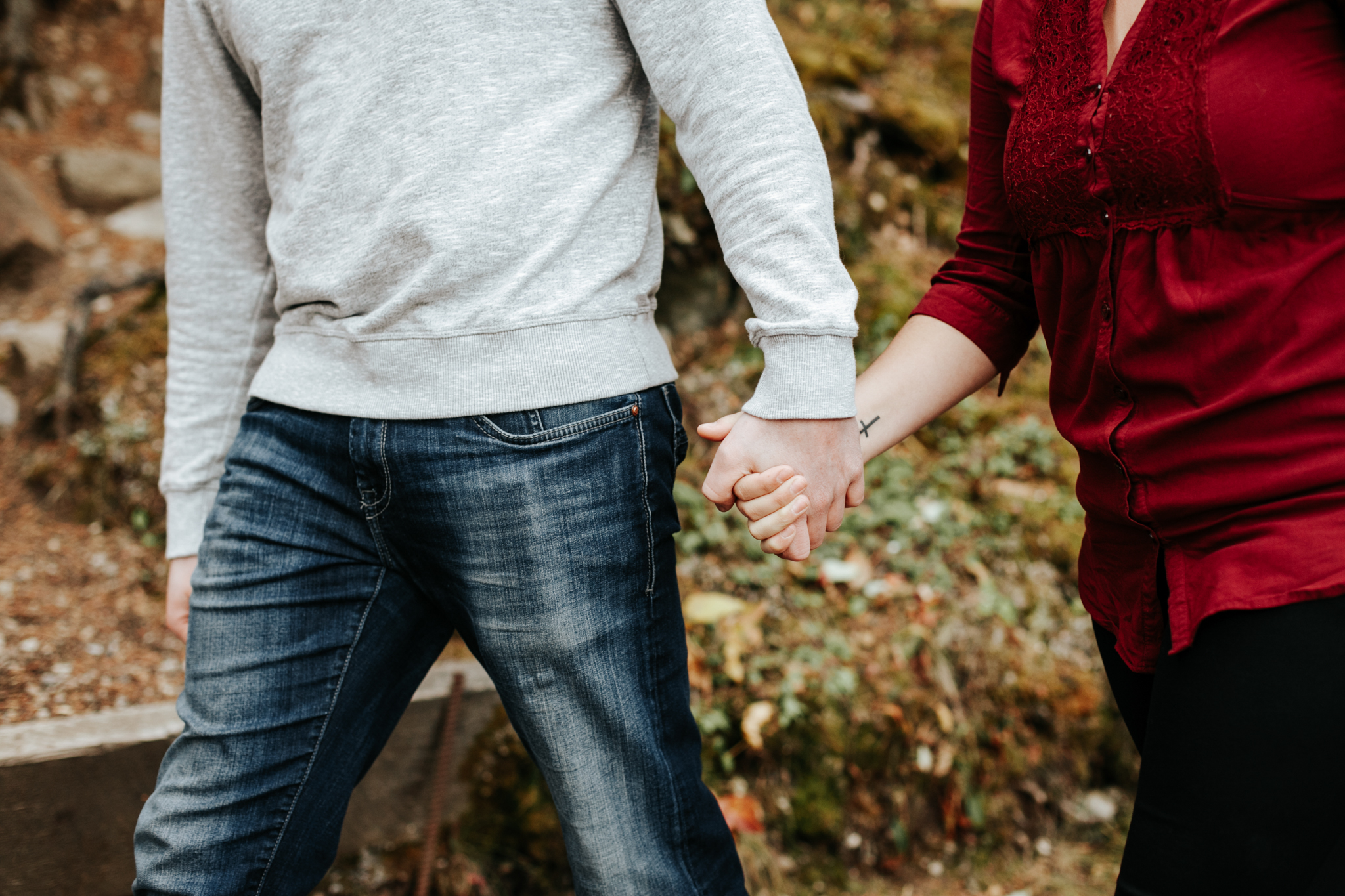 lethbridge-photographer-love-and-be-loved-photography-crowsnest-pass-engagement-andi-philip-picture-image-photo--49.jpg