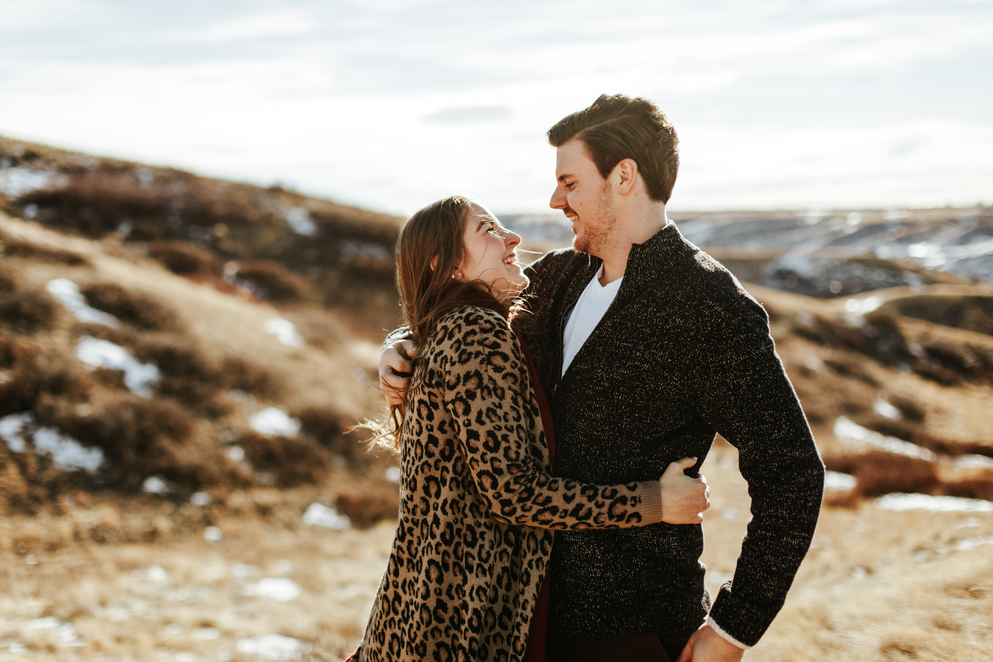 lethbridge-photographer-love-and-be-loved-photography-winter-engagement-emma-tanner-picture-image-photo-1.jpg