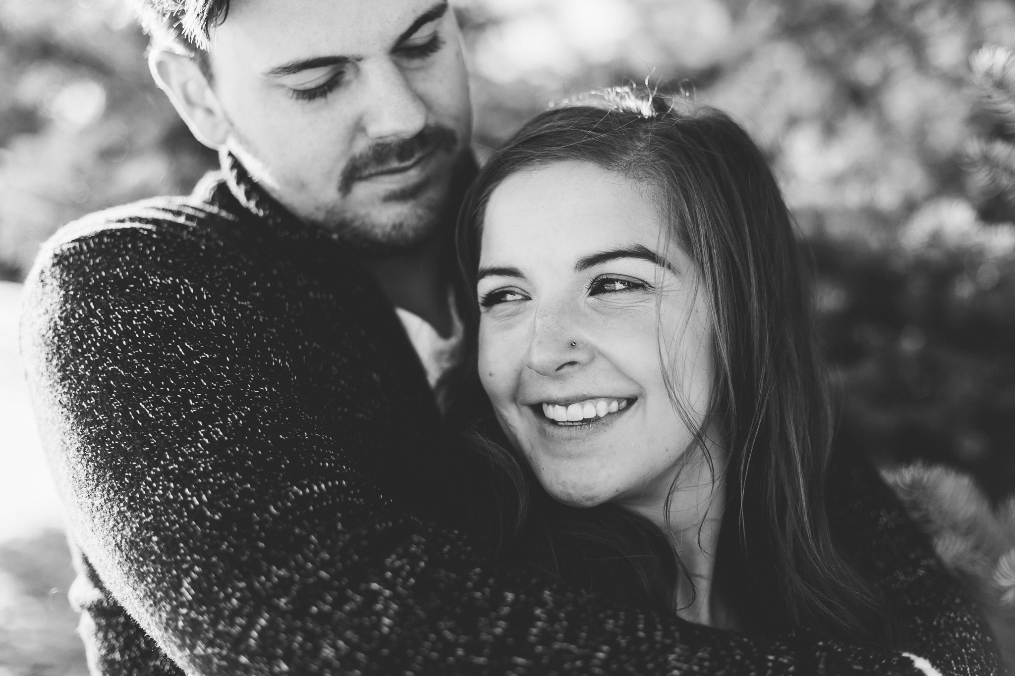 lethbridge-photographer-love-and-be-loved-photography-winter-engagement-emma-tanner-picture-image-photo-43.jpg