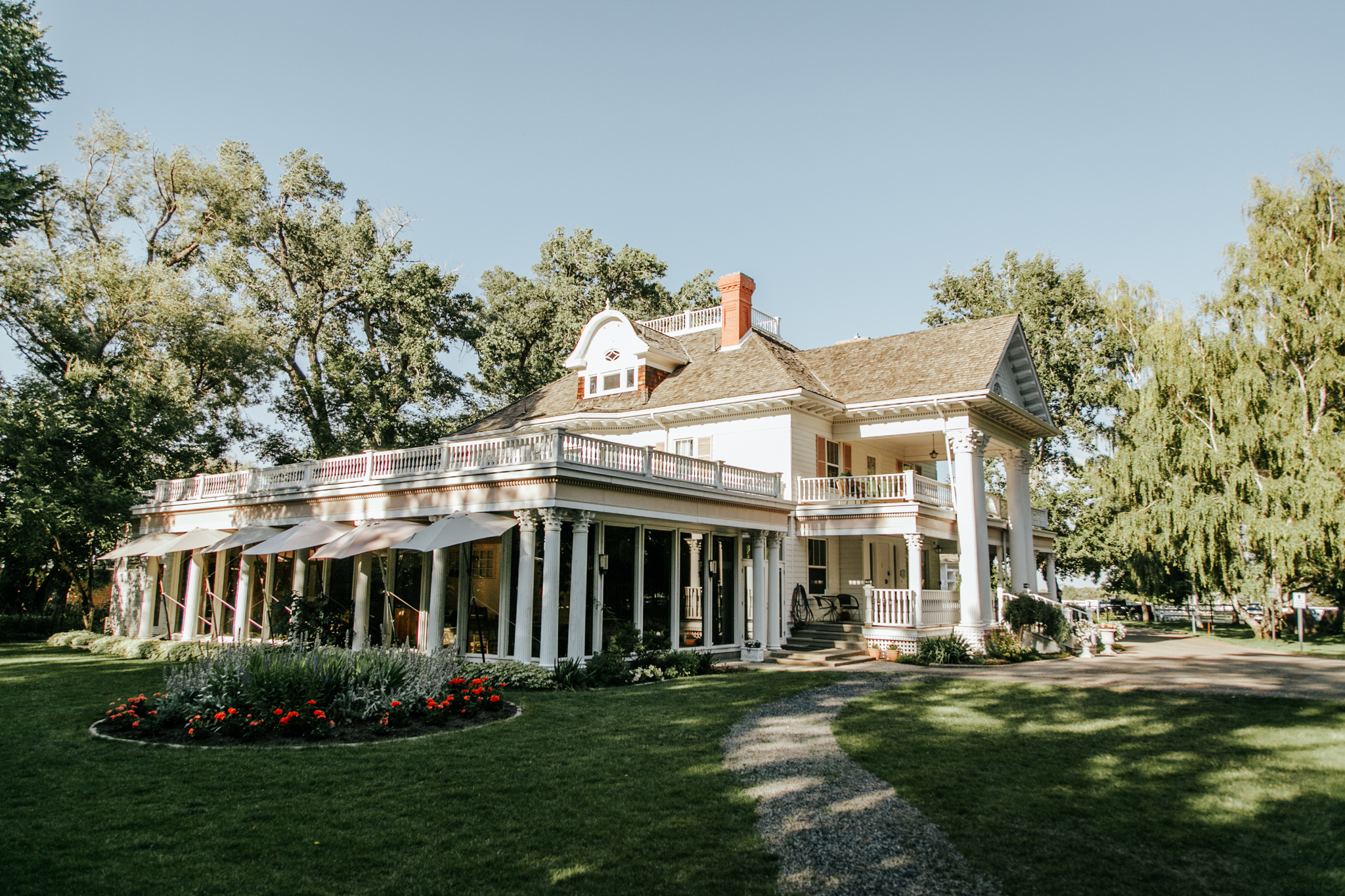 Lethbridge-wedding-photography-love-and-be-loved-photographer-norland-mansion-rob-ashlyn-photo-picture-image-60.jpg