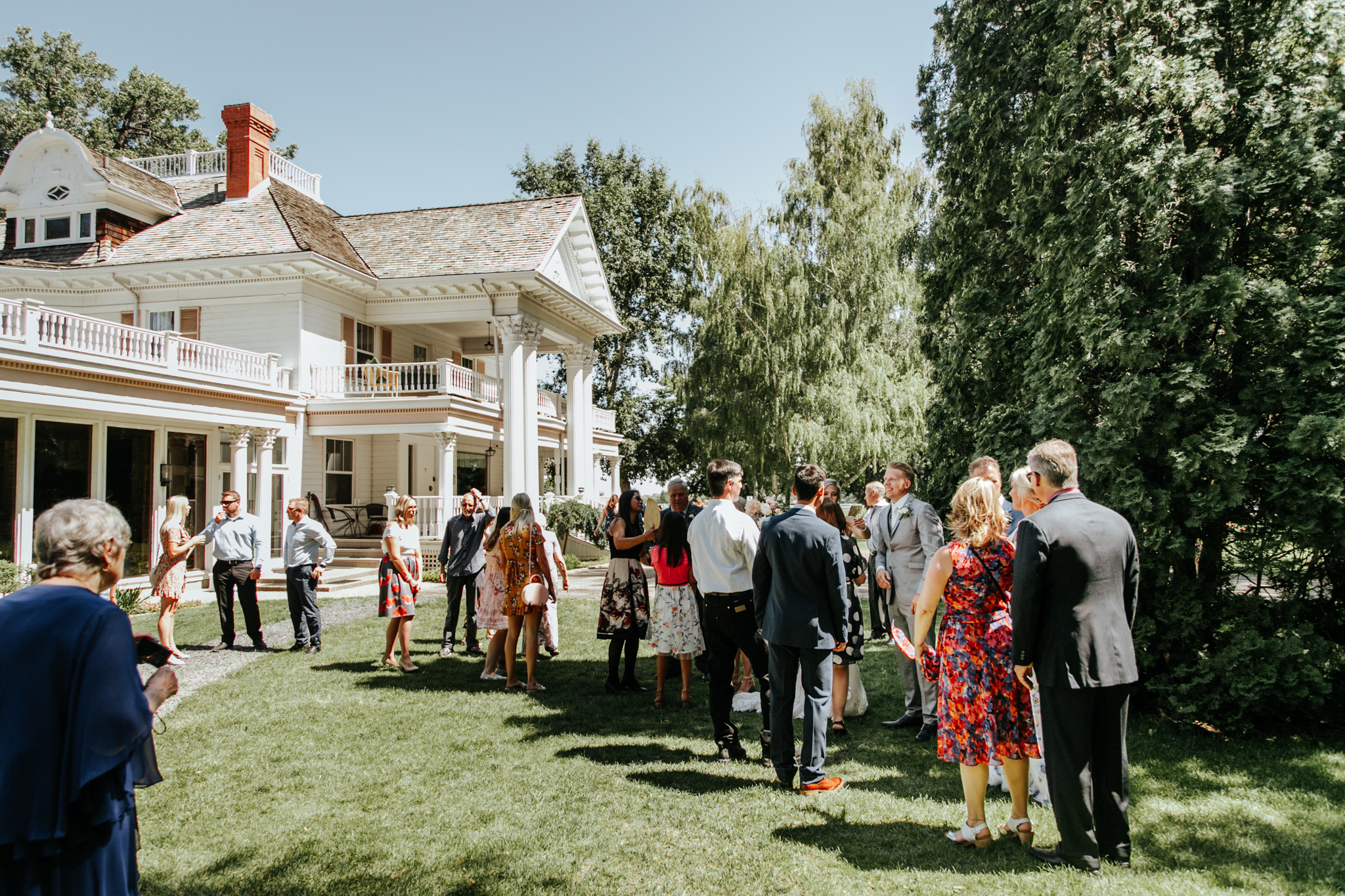 Lethbridge-wedding-photography-love-and-be-loved-photographer-norland-mansion-rob-ashlyn-photo-picture-image-74.jpg