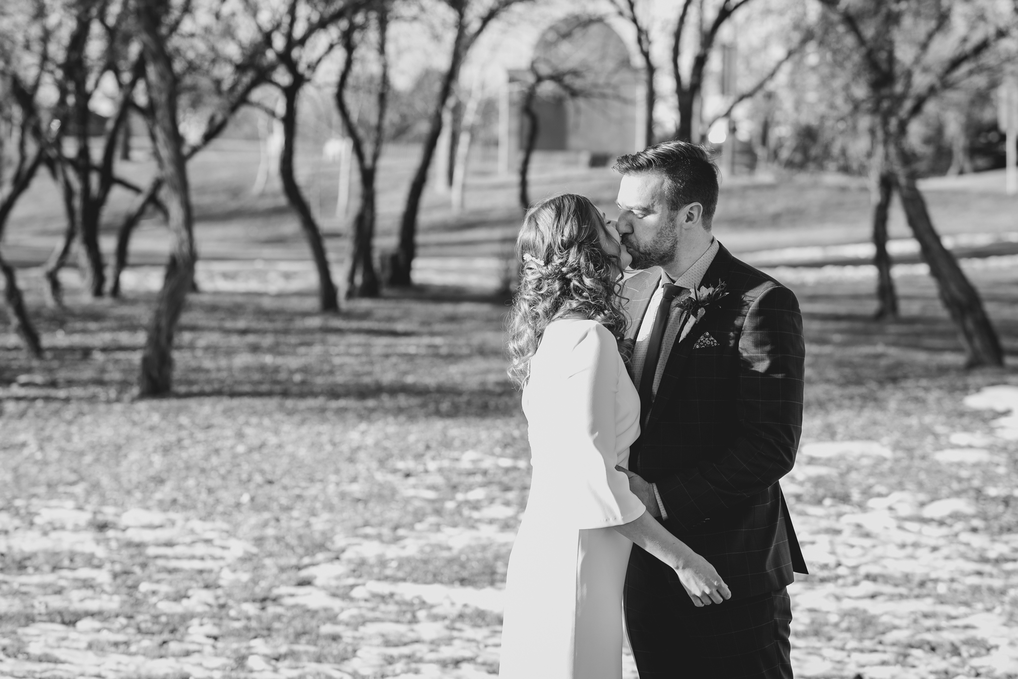 lethbridge-wedding-photographer-love-and-be-loved-photography-kris-amy-paradise-canyon-image-picture-photo-4.jpg