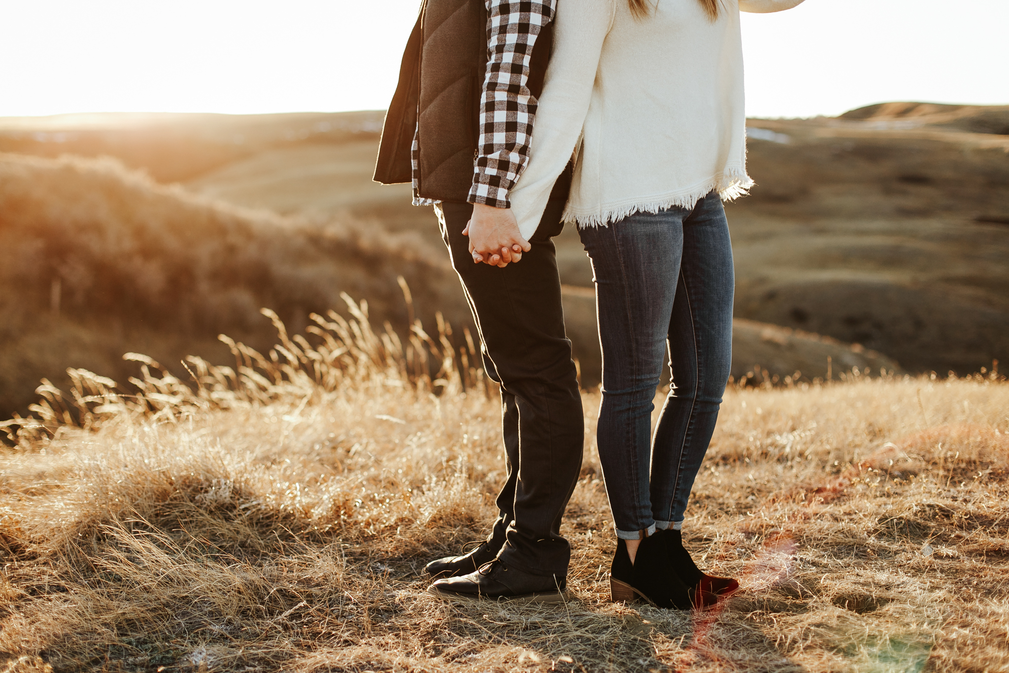 lethbridge-photographer-love-and-be-loved-photography-jared-carly-engagement-29.jpg