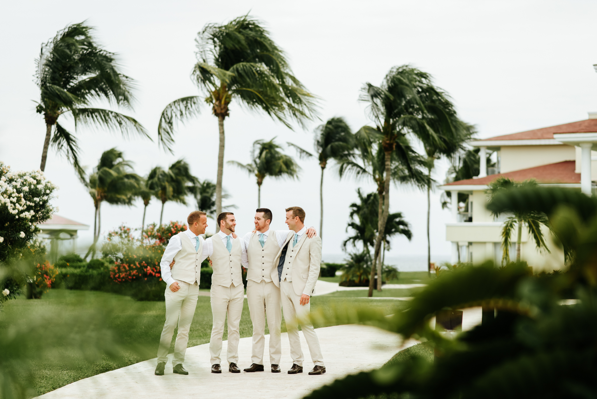 love-and-be-loved-photography-destination-wedding-photographer-cancun-mexico-jessica-jon-image-picture-photo-44.jpg