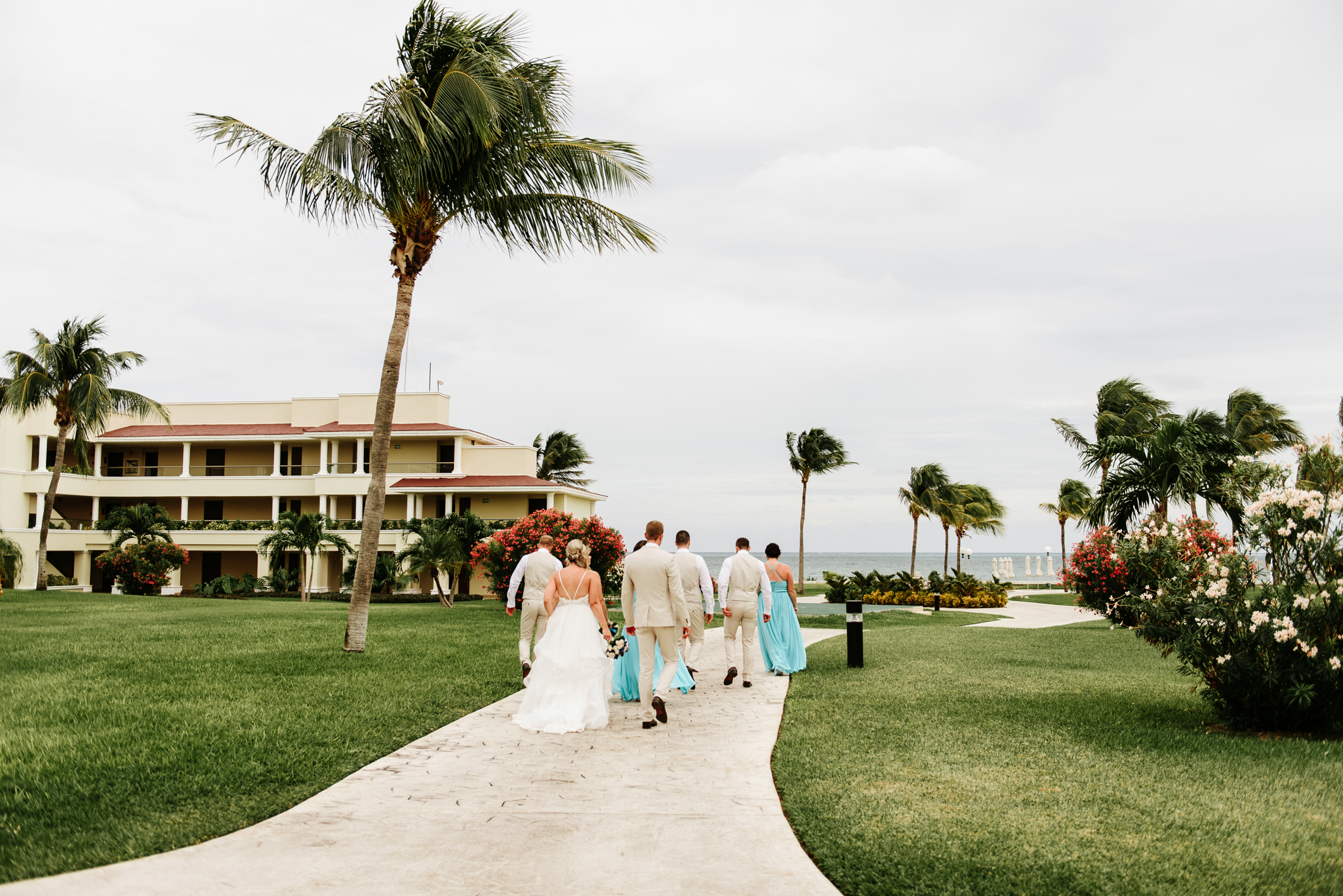 love-and-be-loved-photography-destination-wedding-photographer-cancun-mexico-jessica-jon-image-picture-photo-116.jpg
