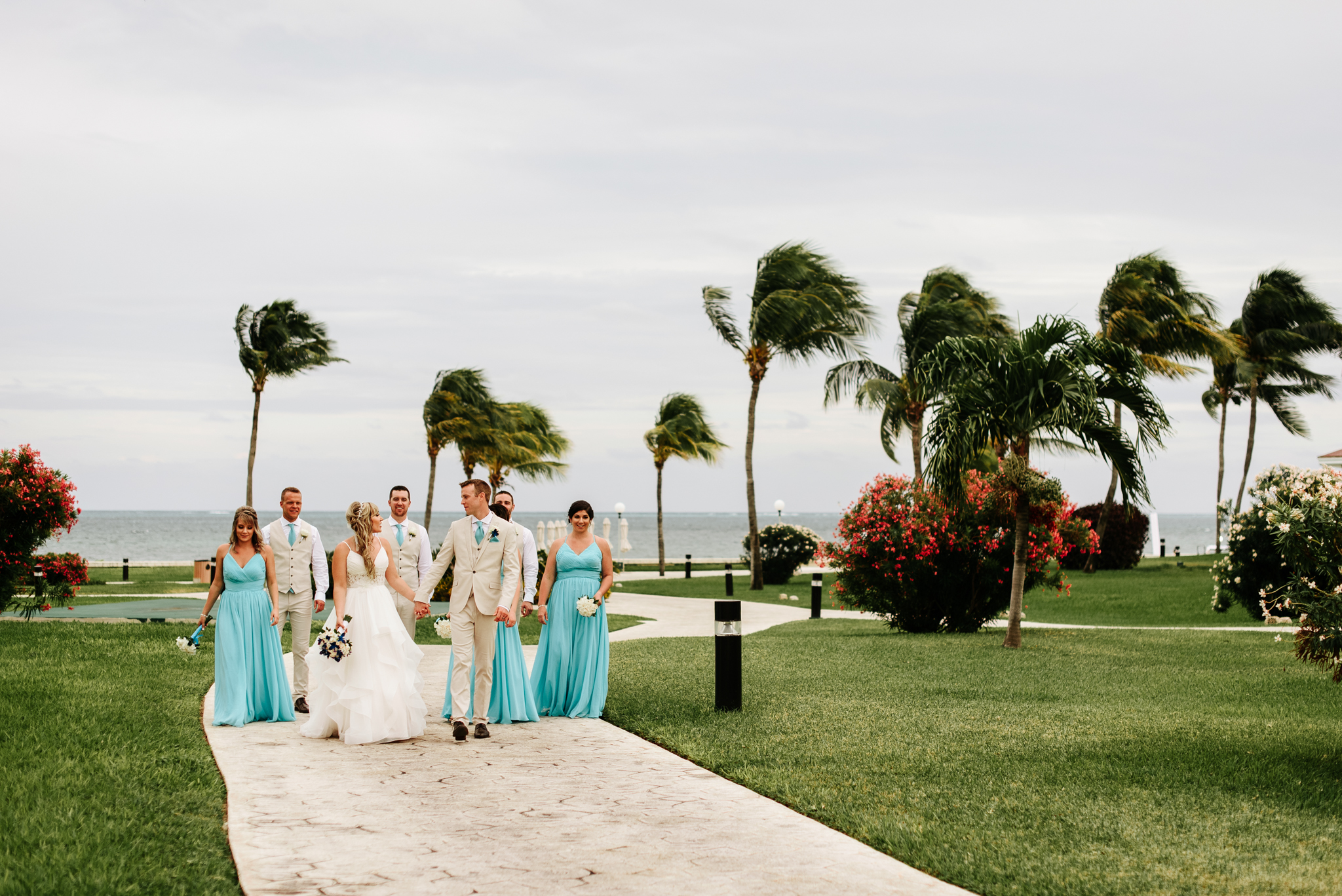 love-and-be-loved-photography-destination-wedding-photographer-cancun-mexico-jessica-jon-image-picture-photo-117.jpg