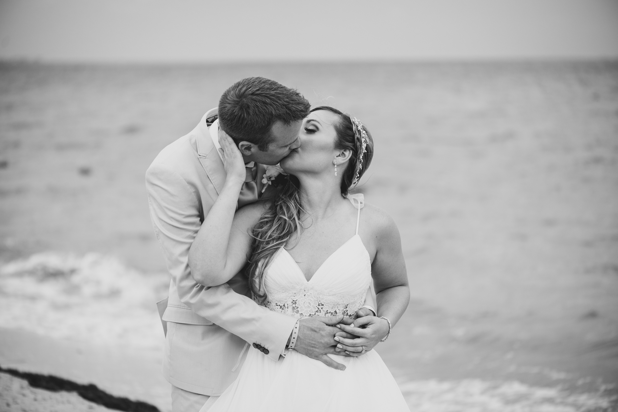 love-and-be-loved-photography-destination-wedding-photographer-cancun-mexico-jessica-jon-image-picture-photo-153.jpg