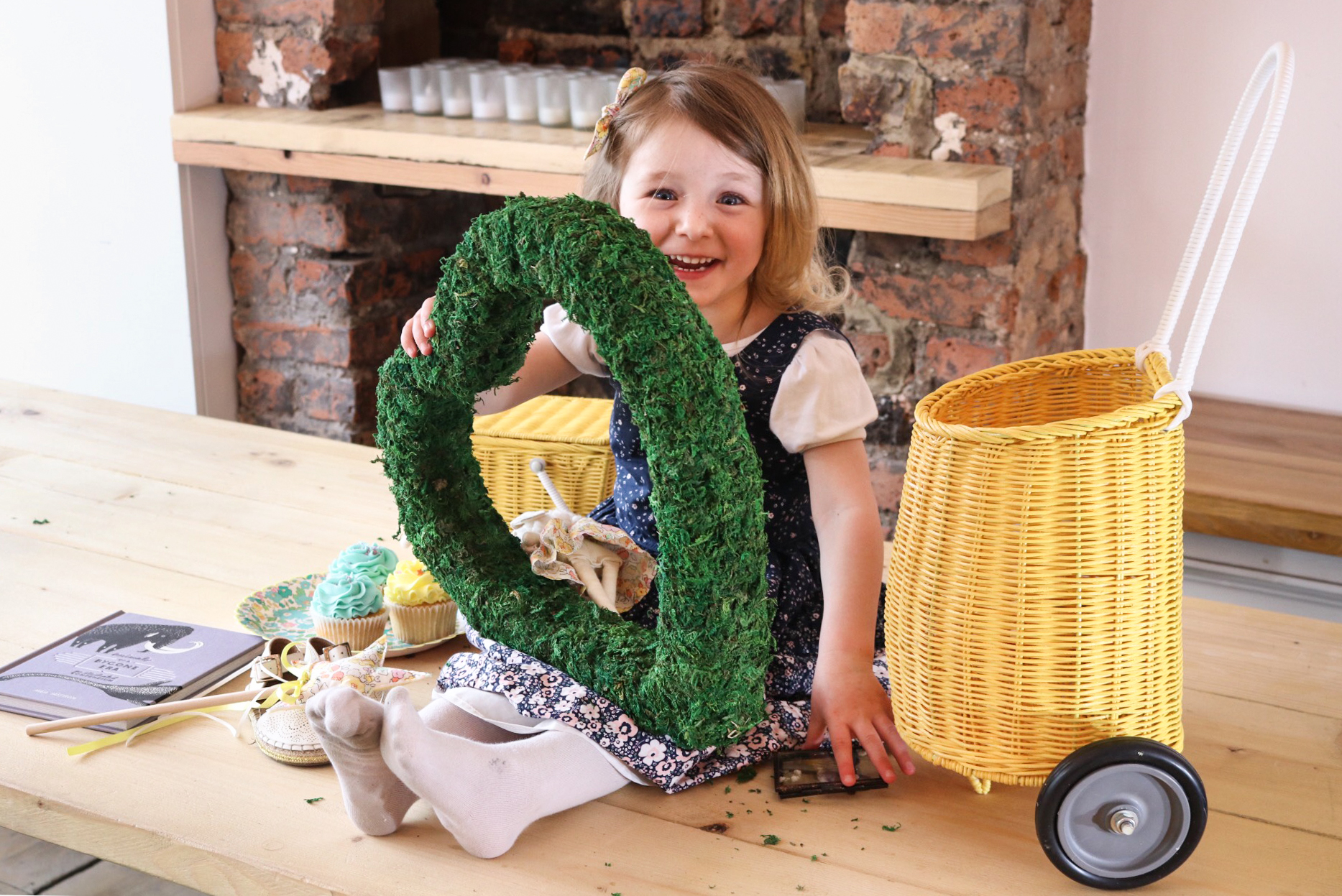 Large moss heart by The Letter Loft, basket by Beyond the Stork, Liberty print wand by Little Red Fox, cakes by Sucre a la Creme bakery