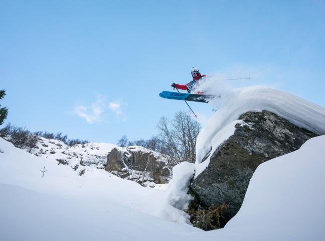 FRIKØYRING - Sogn skisenter har store areal for frikøyring tilgjengeleg frå skitrekka. Du kjem deg enkelt tilbake til skisenteret via traseer eller langrennsløypa.