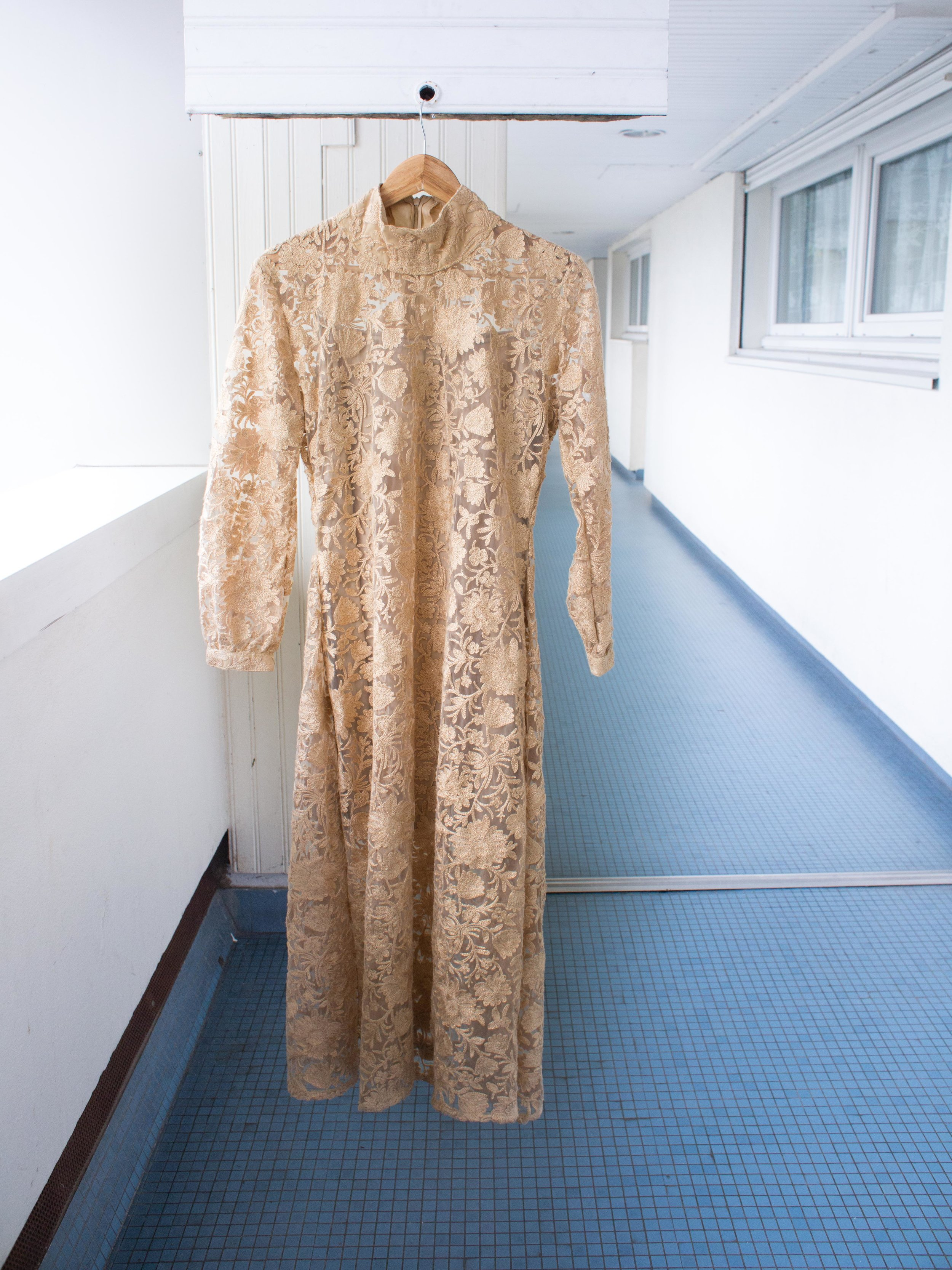 NIKA EVENING DRESS             100% TISSUE LACE -