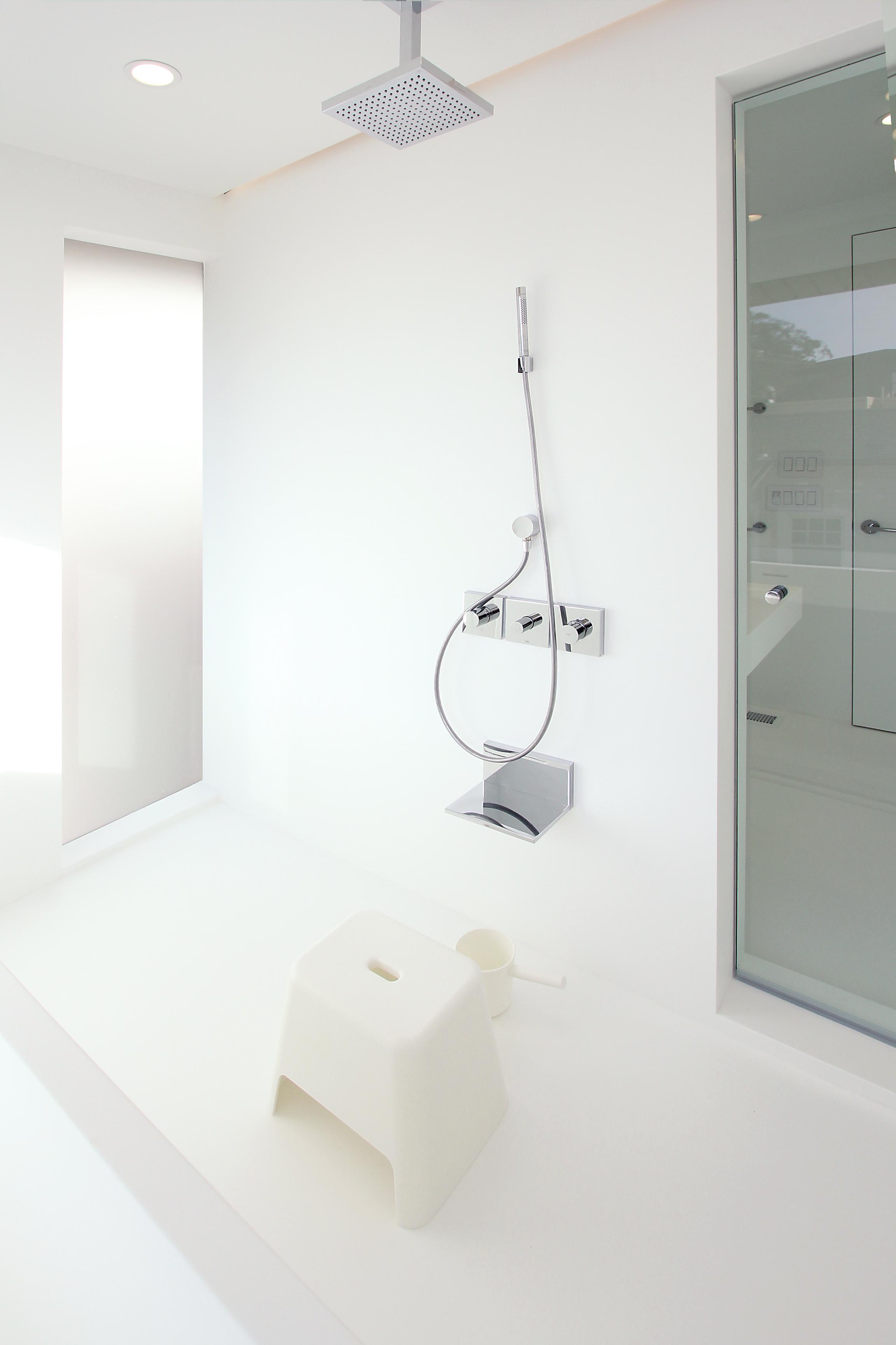 tak-shower-2.jpg