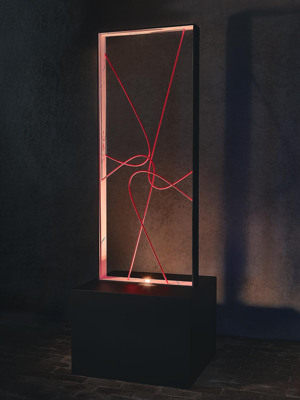 N13.   L x l x H : 70 x 70 x 200 (socle inclus) Matériau : aluminum Type d'éclairage : led 6 watts