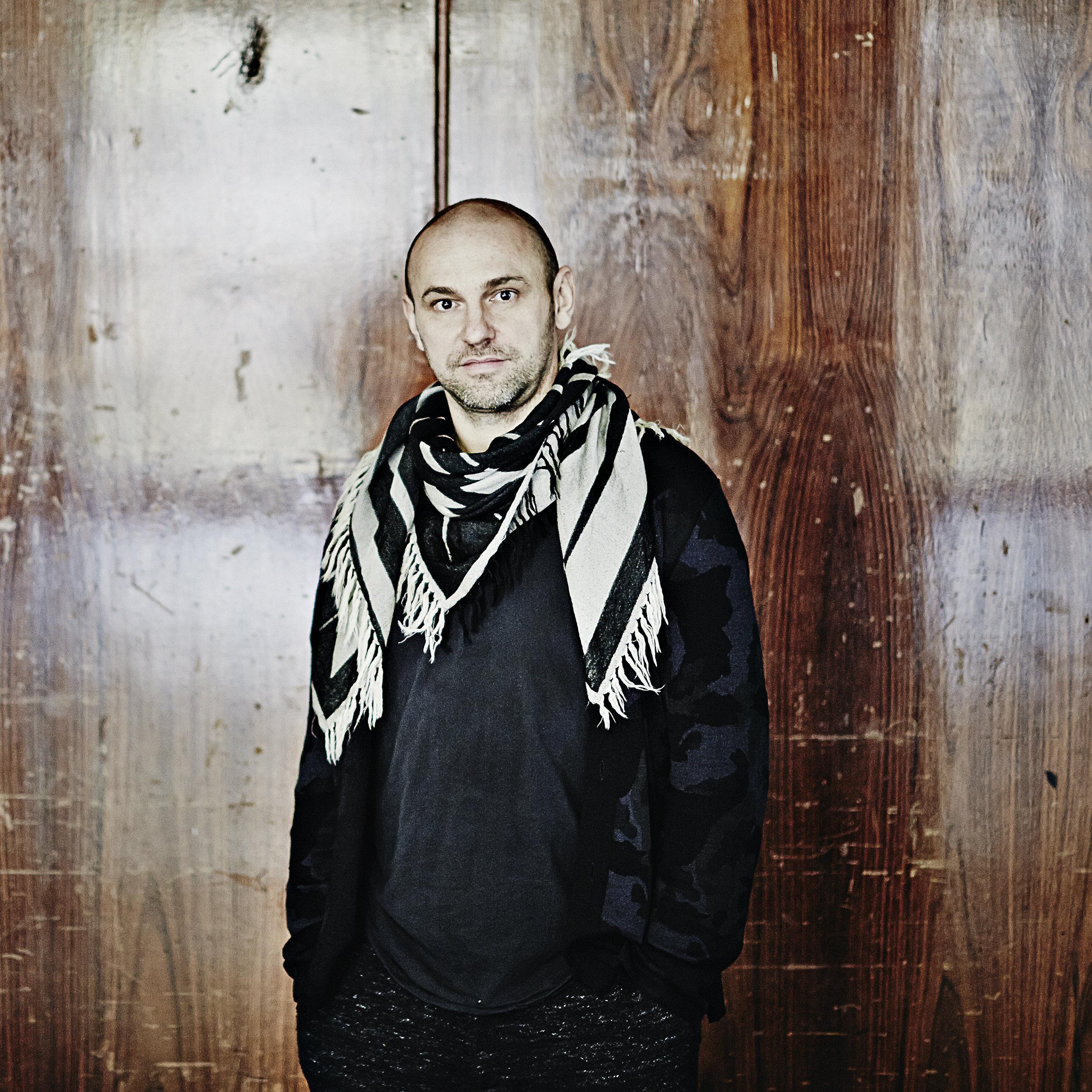 Henrik Schwarz.jpg