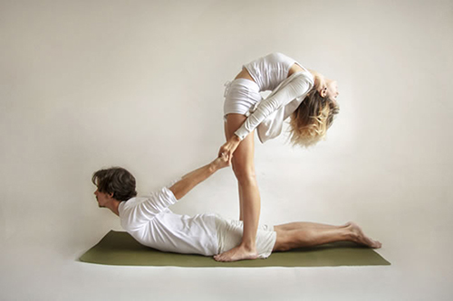 Acro-Yoga-cobra-back-bend.jpg