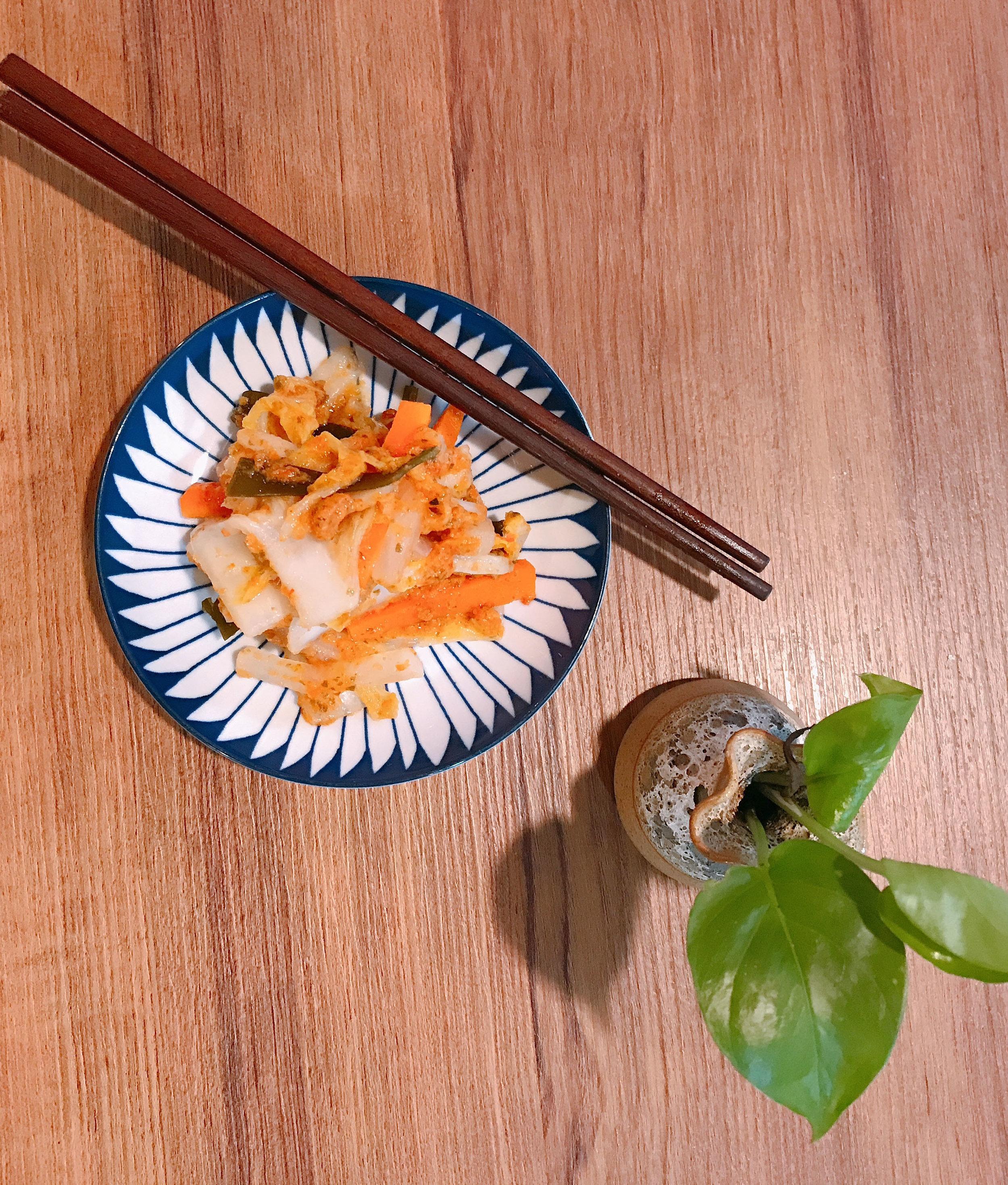 素食泡菜Kimchi for Vegan - 帶有小小辣,採用天然調味料。市面上的泡菜大部份都是用魚露醃製,鹽份很高。