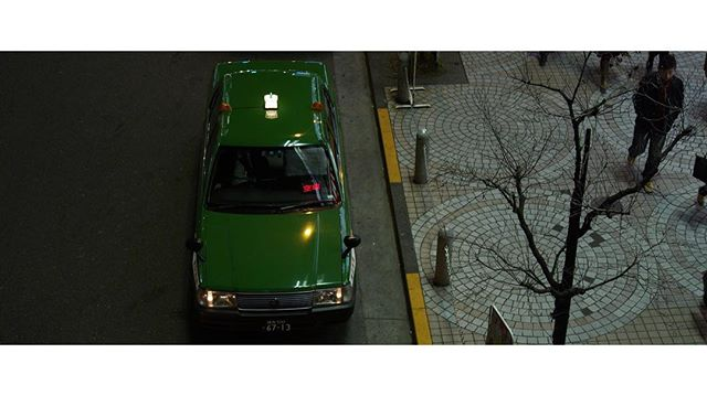 A strange fascination with the green taxis of Tokyo. #tokyo #taxi #travel #citylife