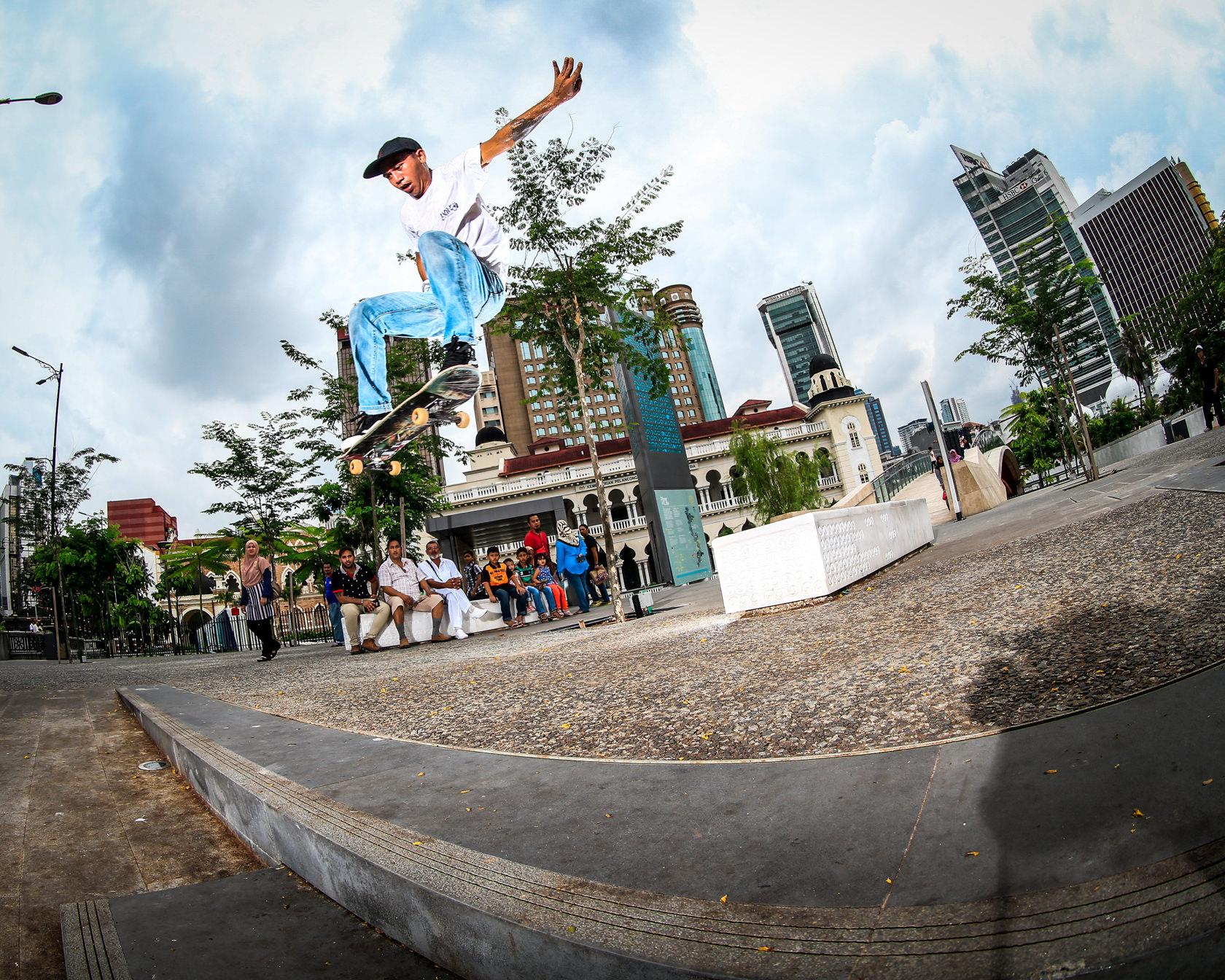 VANS_新加坡&马来西亚TOUR058171126-2.jpg