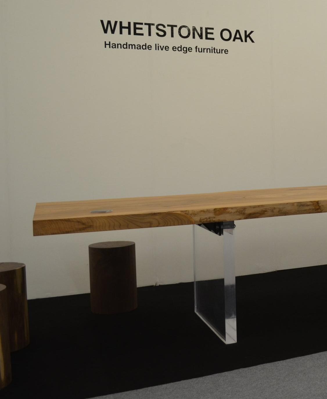 Cast acrylic bases 'fin' type