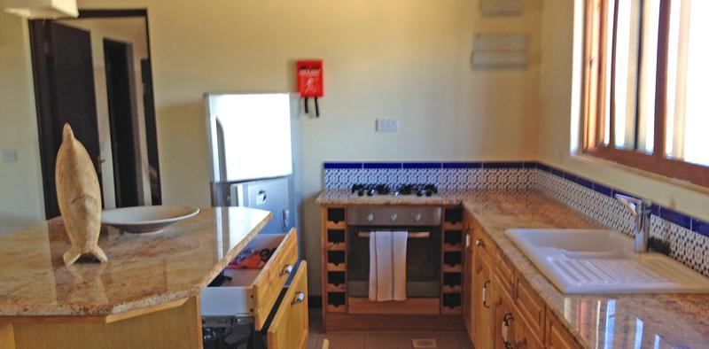 BIR3-kitchen.jpg