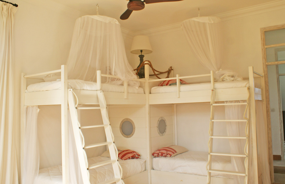 HH-Bed4-bunks.jpg