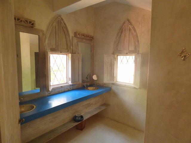 AL-bath1.jpg