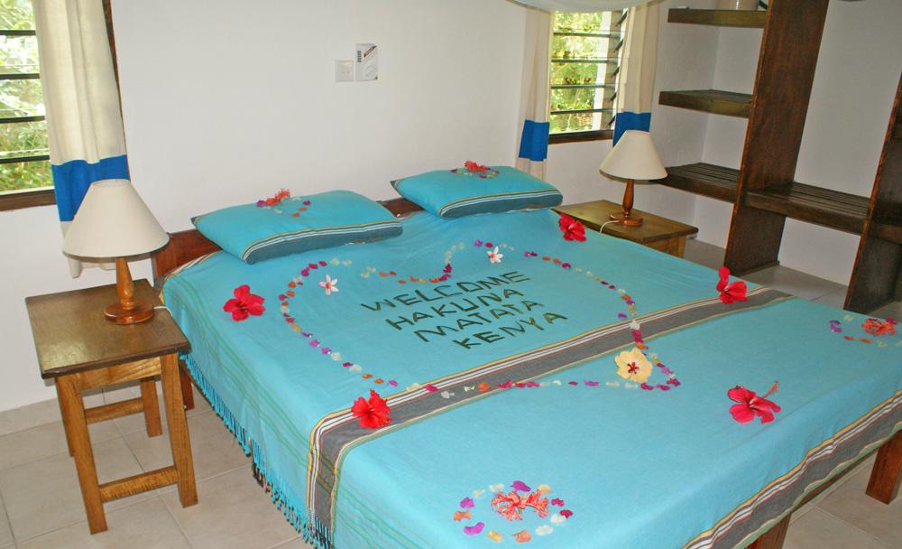 LittleGem-Bed2.jpg