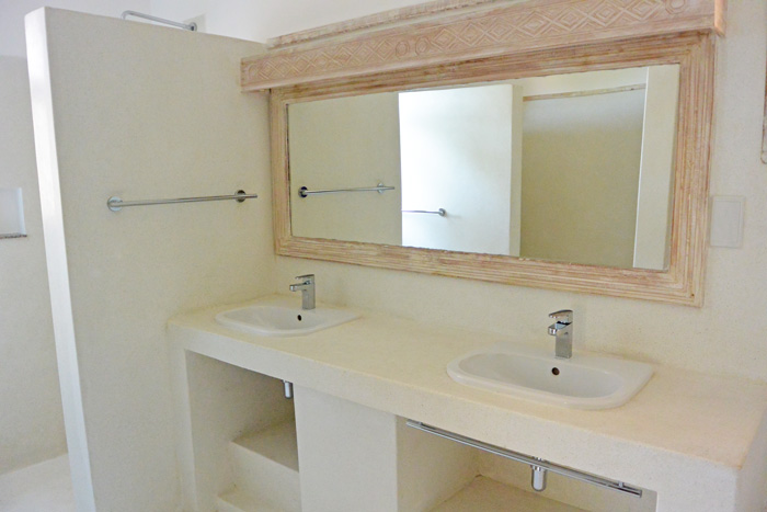 Medina-Bathroom.jpg