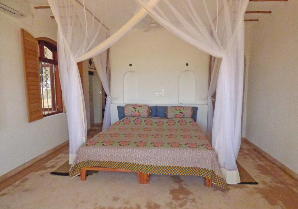 SeaH-Bed1.jpg