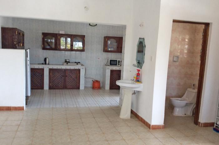 Abdi-kitchen.jpg