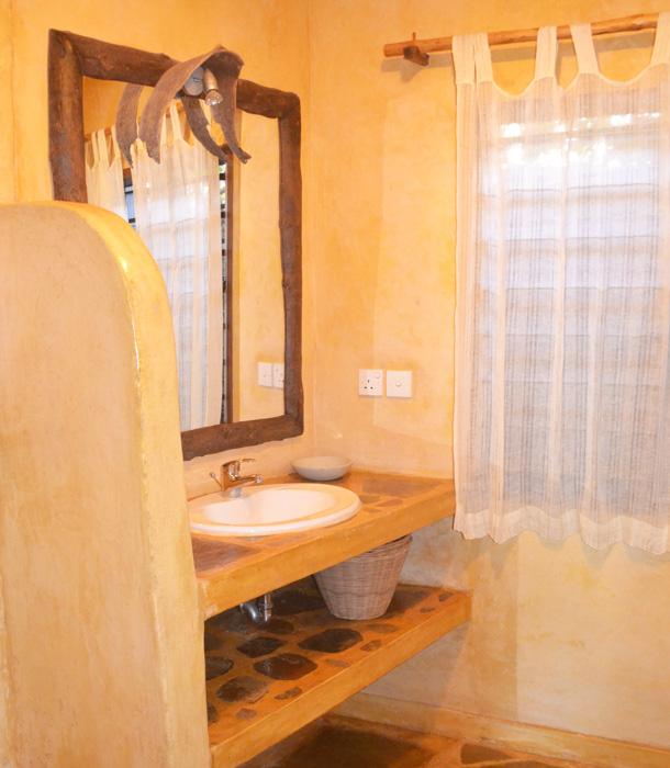 Cottage-Bathroom-1b.jpg