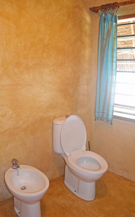 Cottage-Bathroom-2b.jpg