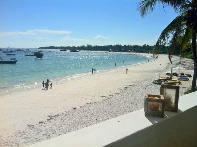 Gia-beach.jpg