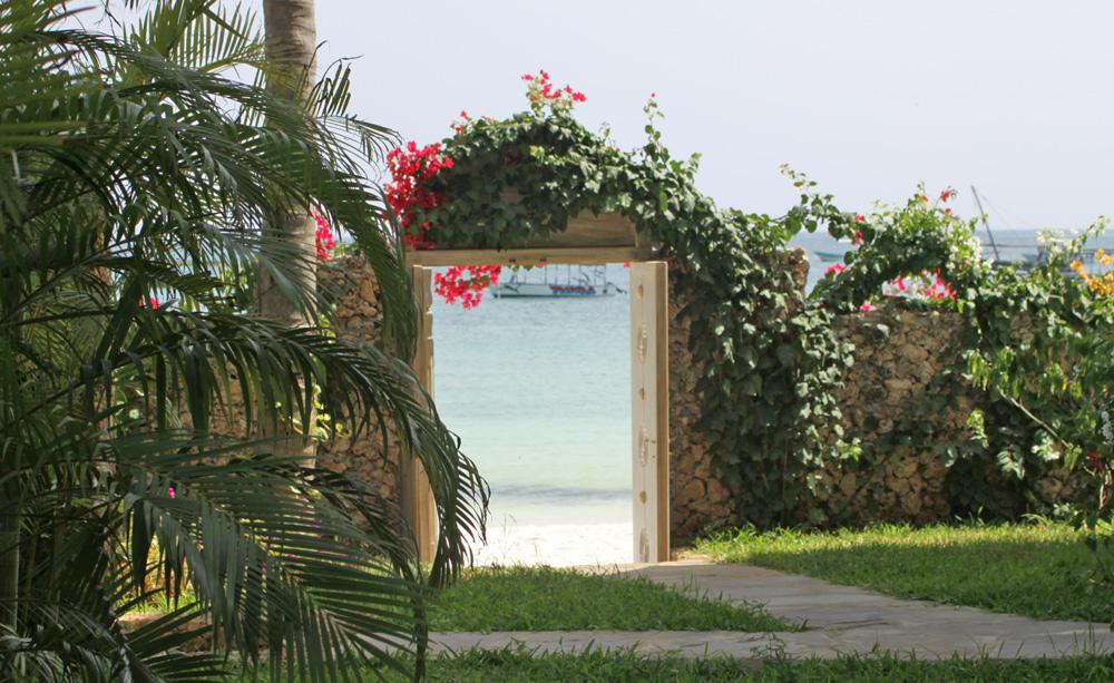 Gia-beachgate.jpg
