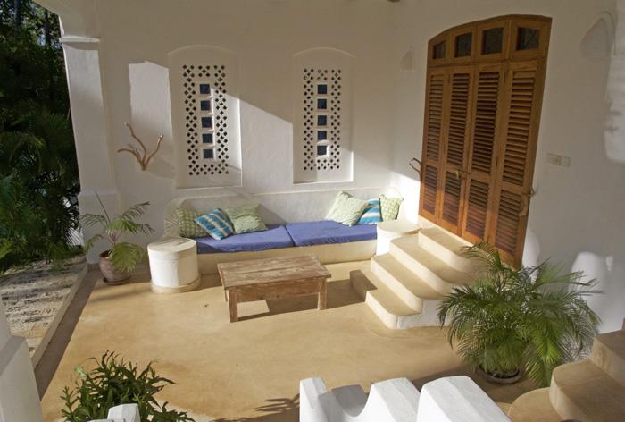 YY-Bed3-terrace.jpg