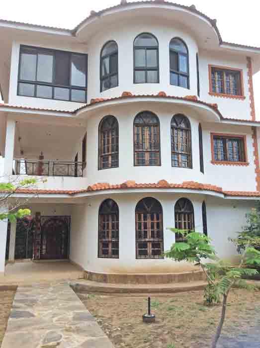 House2-front.jpg