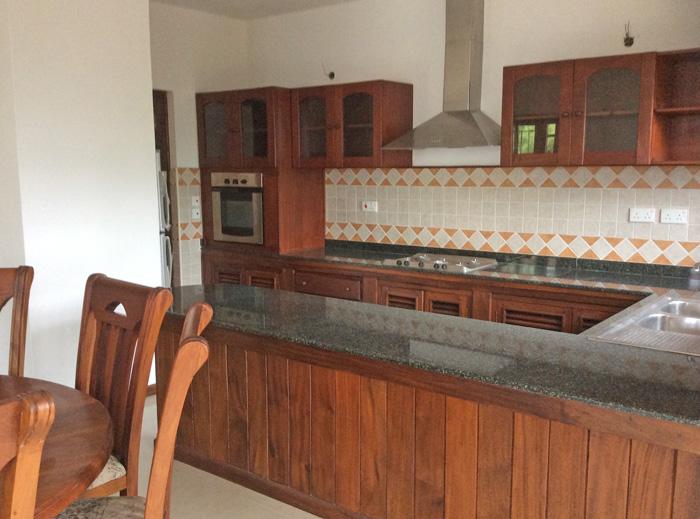 House2-kitchen-dining.jpg