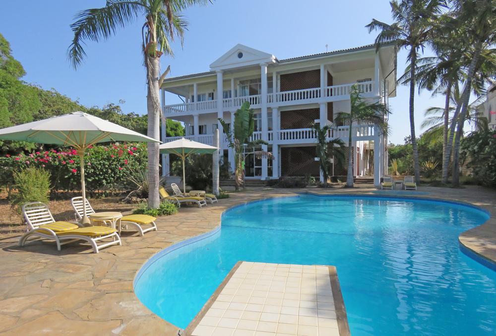 house-pool.jpg